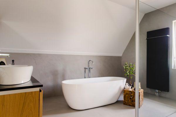 Betonlook-muren-badkamer